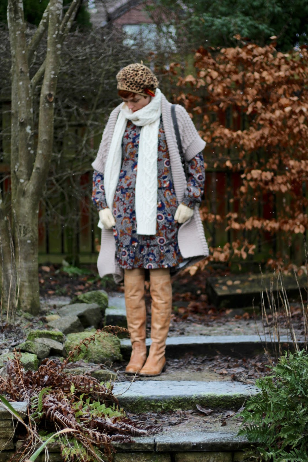 Fake Fabulous | Secret winter layers, 70's style & OTK boots.