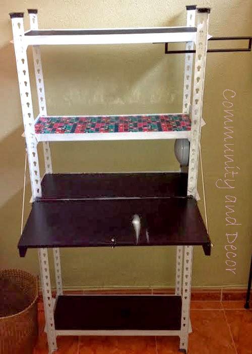 reutilizar y transformar una estantería metálica en un office y rincón de lectura para la oficina