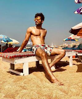 Most Sexiest Hunk In TV Model Karan Tacker