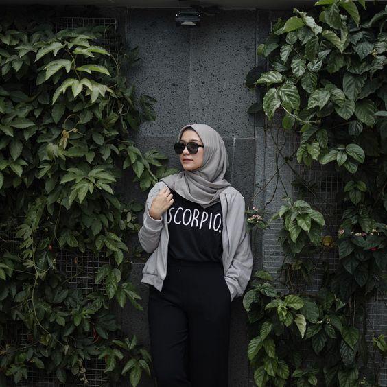 contoh Model Baju Busana Muslim Yang sedang tren