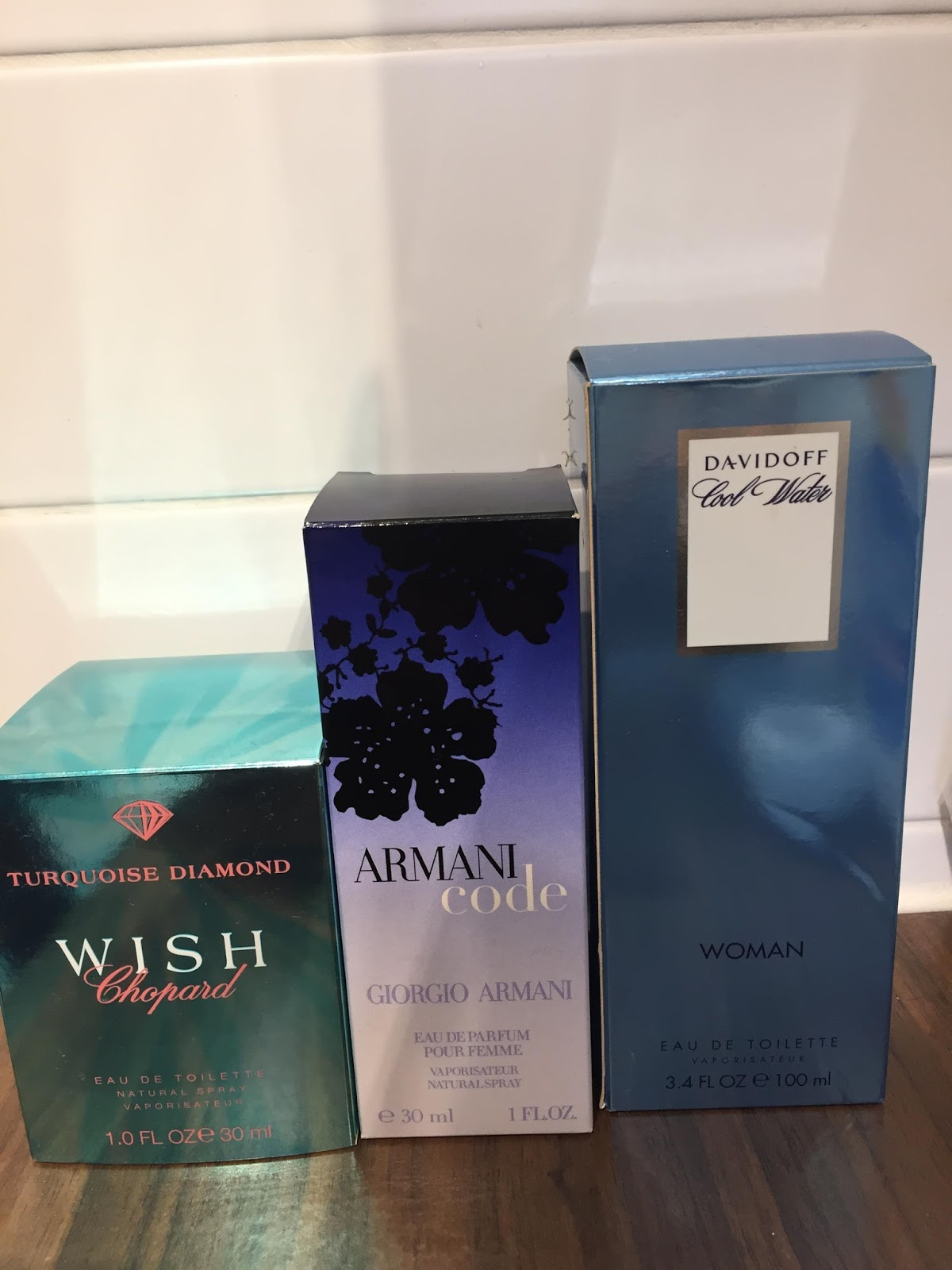 Indywatch Feed Alllocal Bos  Charlie Eau De Toilette White 100ml Text Me If Interested 0421 957 Pick Up Is In Brunswick