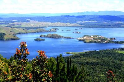 Danau Sentani Papua Irian Jaya