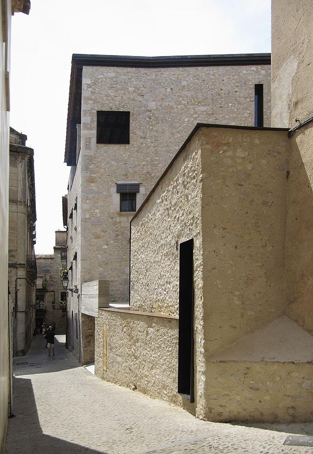 Thinking of colors architecture design restauraci n en el casco antiguo de girona - Casco antiguo de girona ...