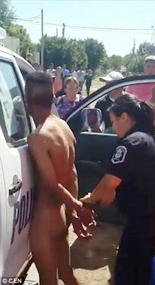 Man Apprehended And Stripped Naked After Being 'Caught Trying To Rape Eight – Year – Old Girl' In Argentina
