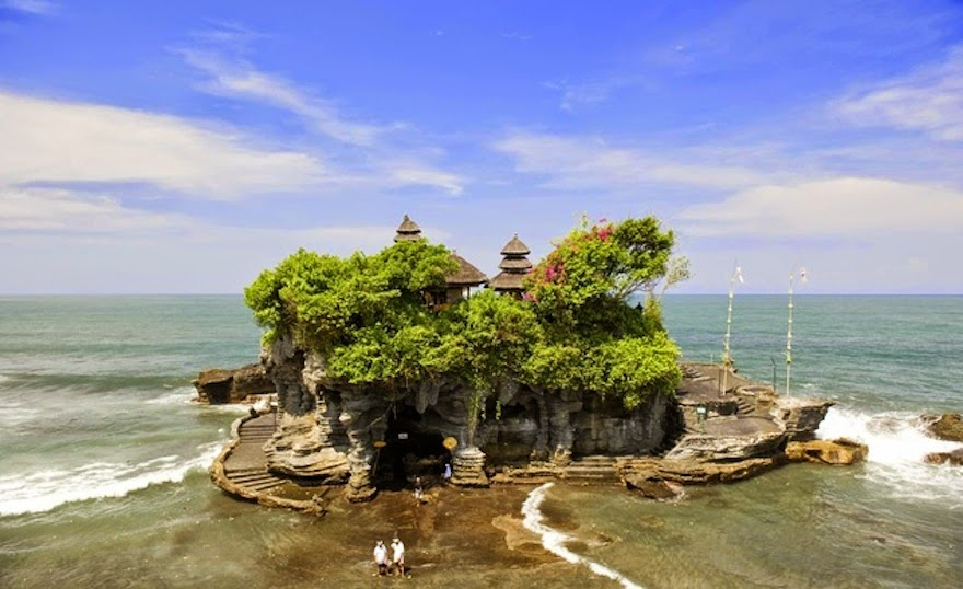 Tanah Lot, Bali - 19 Lesser-Known Travel Destinations To Visit Before You Die