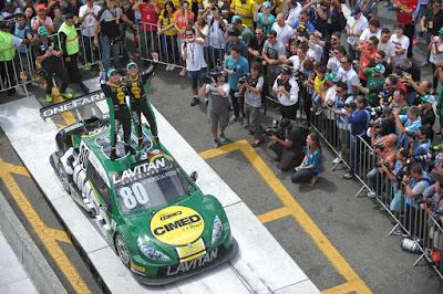 Festa da equipe Voxx Racing em Curitiba
