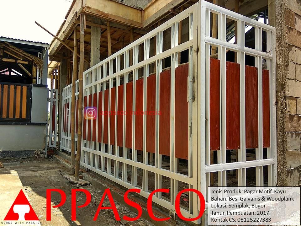 Pagar Motif Kayu Woodplank Galvanis di Semplak Bogor