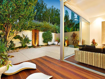 Real estate courtyard design idea