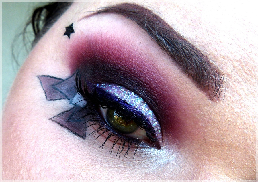 kreativer Sailor Saturn Make Up look