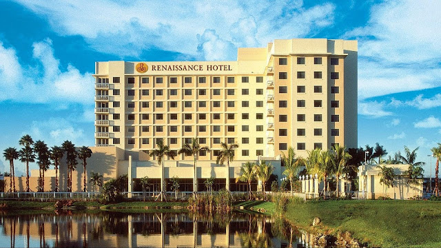 Experience Renaissance Fort Lauderdale Plantation Hotel, a chic and sophisticated South Florida hotel featuring onsite dining and an outdoor pool.