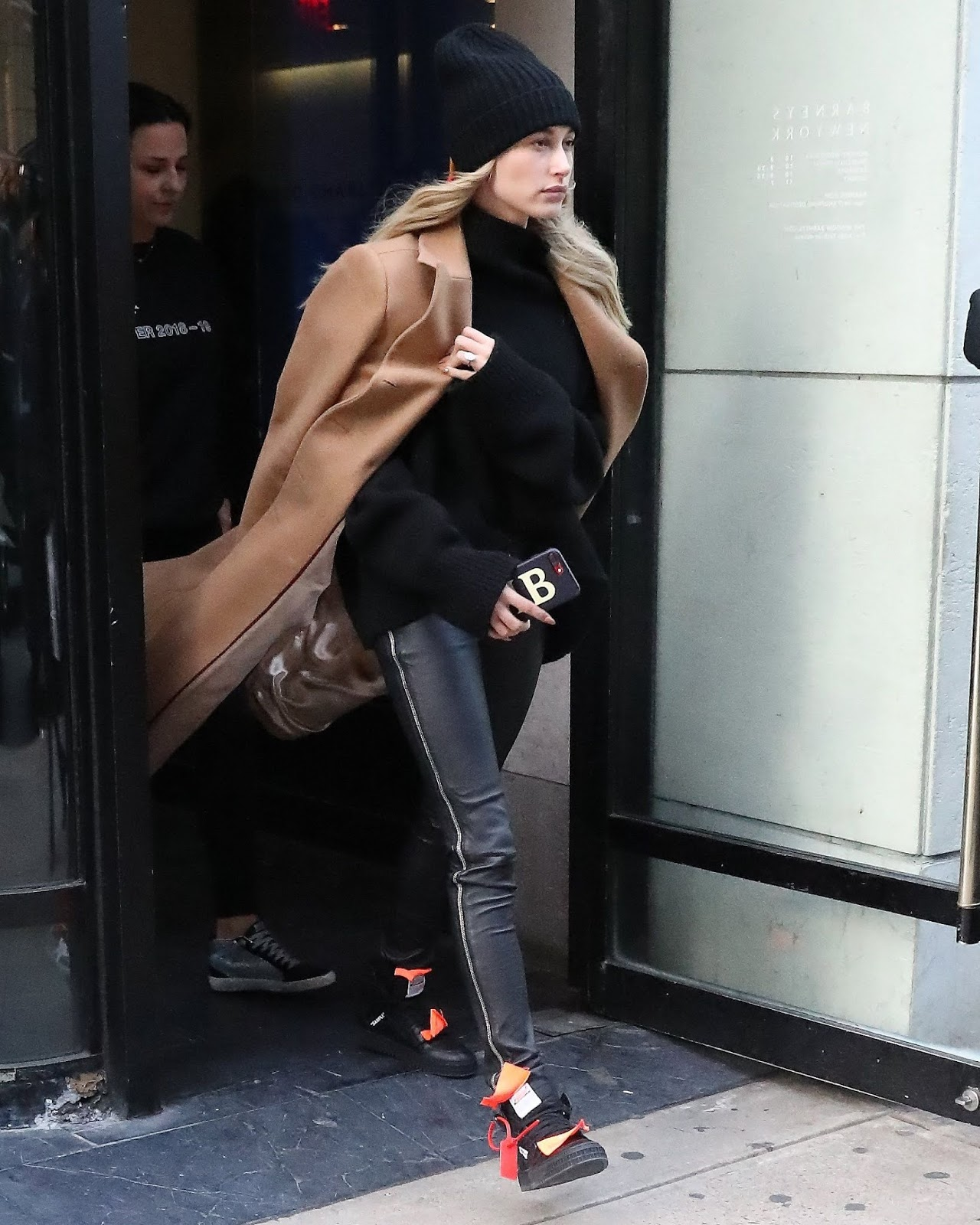 Hailey Baldwin - Out in New York City 02/10/2019