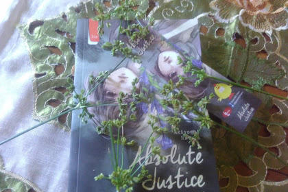 Review Buku Absolute Justice by Akiyoshi Rikako