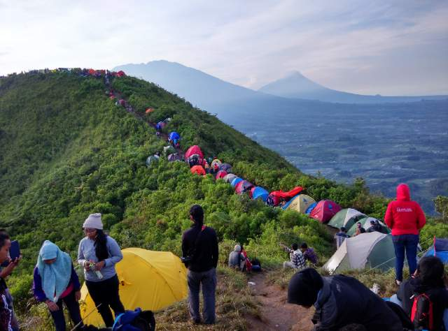 Perjalanan Mendaki Gunung Lawu Di Ngawi Jawa Timur