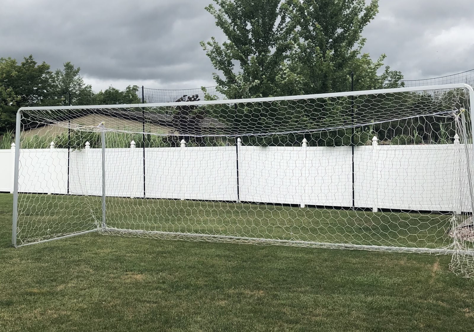 4f0051db1 This netting and materials supply was for a customer in New York that has a  backyard sports court and hockey rink that needed barrier netting around it  to ...
