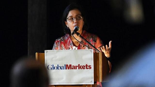 Luhut Kecam Para Pengkritik Sri Mulyani di Dalam Negeri