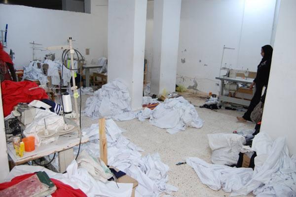 القبض علي صاحب مصنع ملابس بدون ترخيص بسوهاج