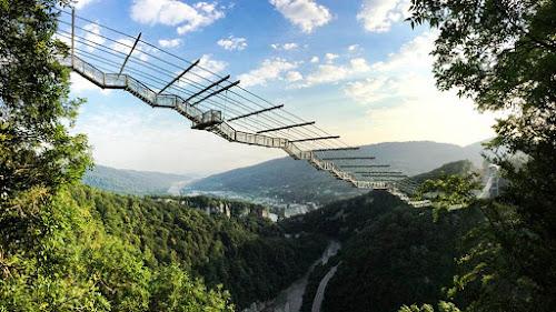 Maior ponte suspensa para pedestres do mundo - Rússia