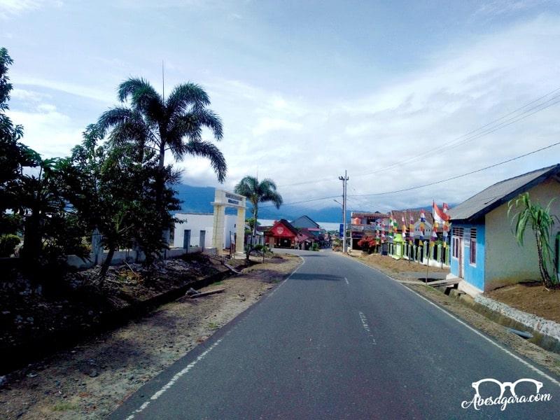 Kecamatan Banding Agung yang tepat berada di Danau Ranau