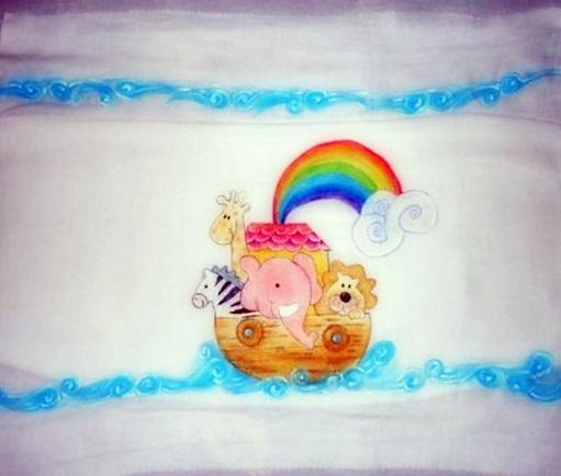 Pintura em tecido Infantil Toalha Fralda Arca de Noé.