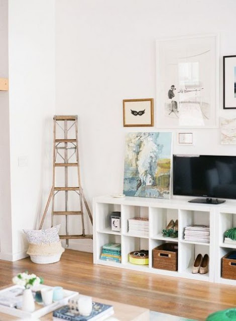 Ikea hack for Kallax shelving for media console and TV - found on Hello Lovely Studio