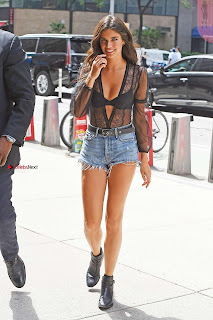 Sara-Sampaio-Out-in-Midtown---New-York-04+%7E+SexyCelebs.in+Exclusive.jpg