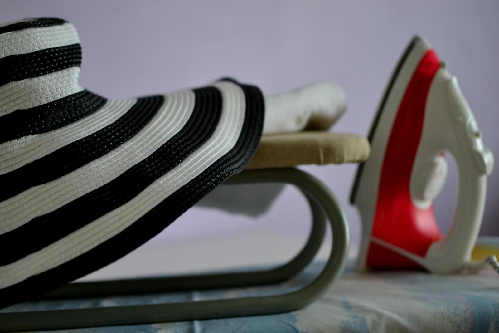 how to flatten a hat