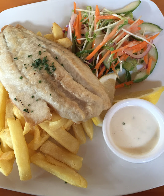 Hogan's, Wallan, fish and chips