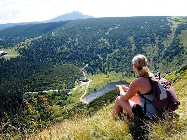 jezero Wielki Staw, příroda, Sněžka, Krkonoše, léto, procházka, trek