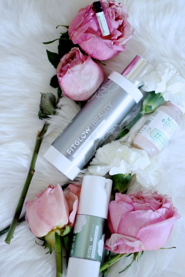 My natural battle to fight against rosacea ; FITGLOW, Mario Badescu, Odacite