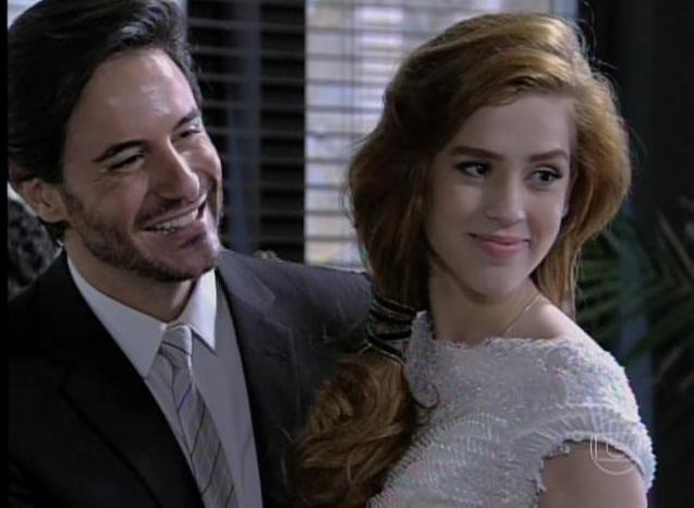 Thales e Natasha se casam - Reprodução TV Globo 5183ca888d