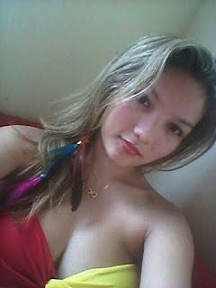 Vanessa loirinha safadinha mandou nudes pro seu ficante e  vazou no zap