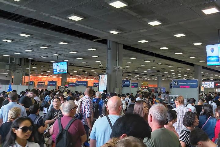 Туристов, застрявших вТаиланде из-за коронавируса, небудут штрафовать за«оверстей» — Thai Notes