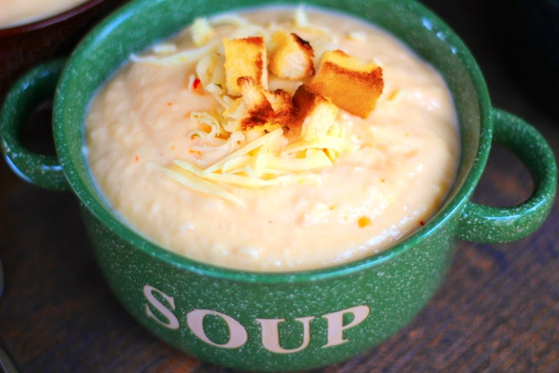 Cheese soup with Cauliflower
