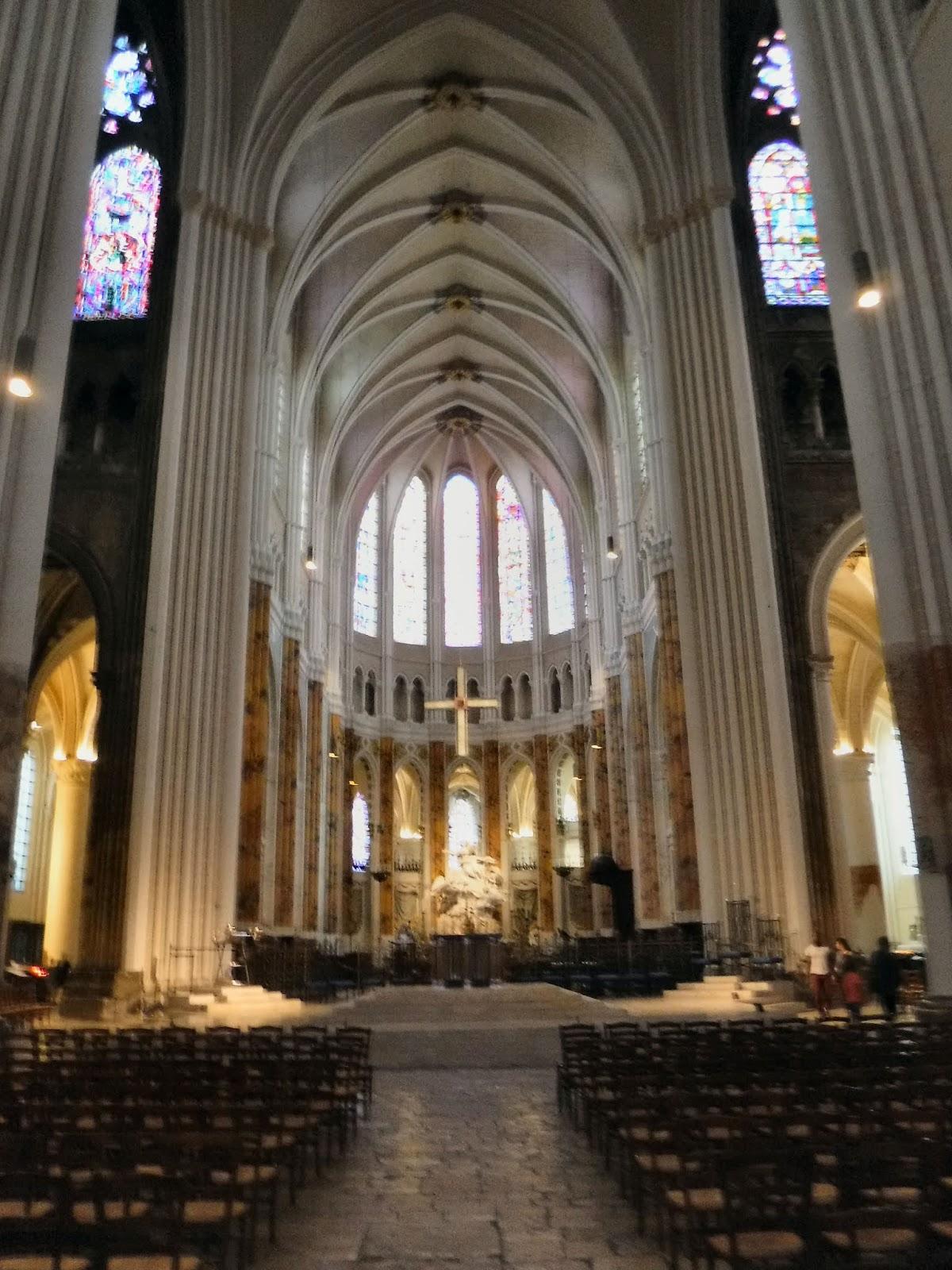 Single Chartres Intalnire)