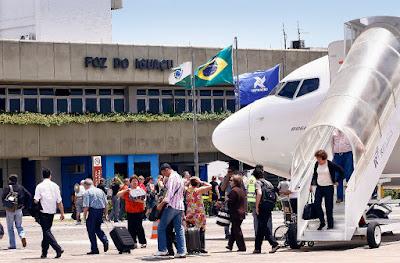 Foto do aeroporto: Nilton Rolin. Medida deve refletir no turismo de Itaipu.