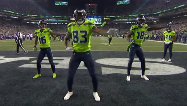 Seattle Seahawks WR David Moore leads New Edition TD dance vs Vikings 12/2/2019