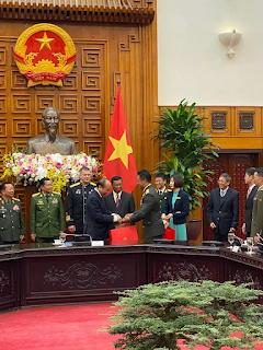 Kasad Hadiri Acara Peringatan ke-30 tahun Pertahanan Nasional Vietnam