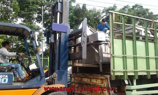 Jasa Angkutan Truk di Jember