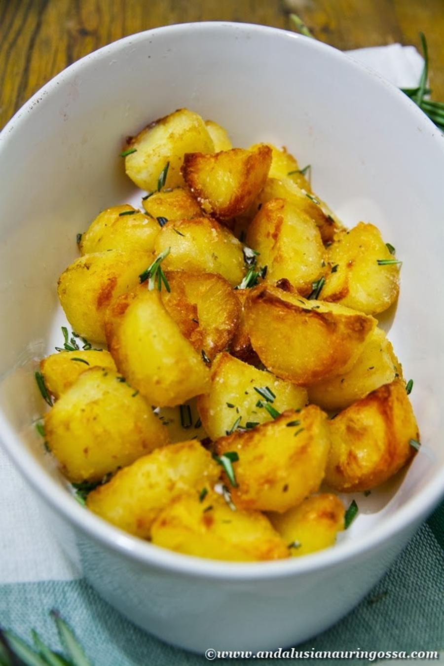 Andalusian auringossa_perunareseptejä ympäri maailman_proper roasties_gluteeniton