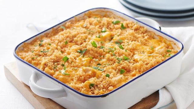 Gina 39 s italian kitchen garlic cheddar chicken bake for Gina s italian kitchen