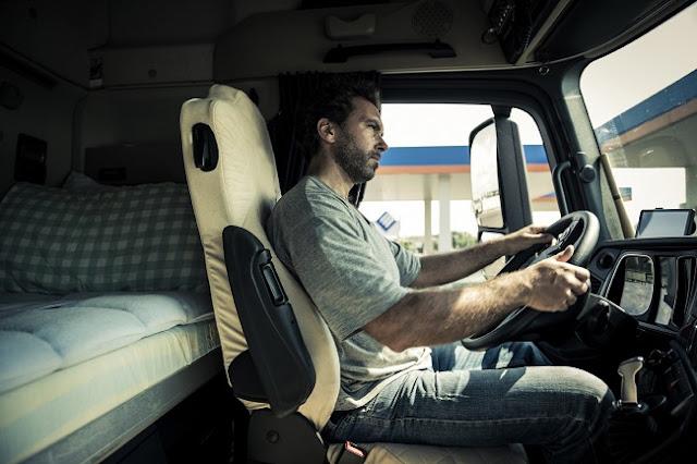 Ευρωπαϊκό δικαστήριο: Απαγόρευση της διανυκτέρευσης των οδηγών εντός καμπίνας φορτηγών