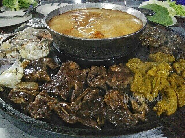 restoran anjung d tasek biru bbq & steamboat kuang