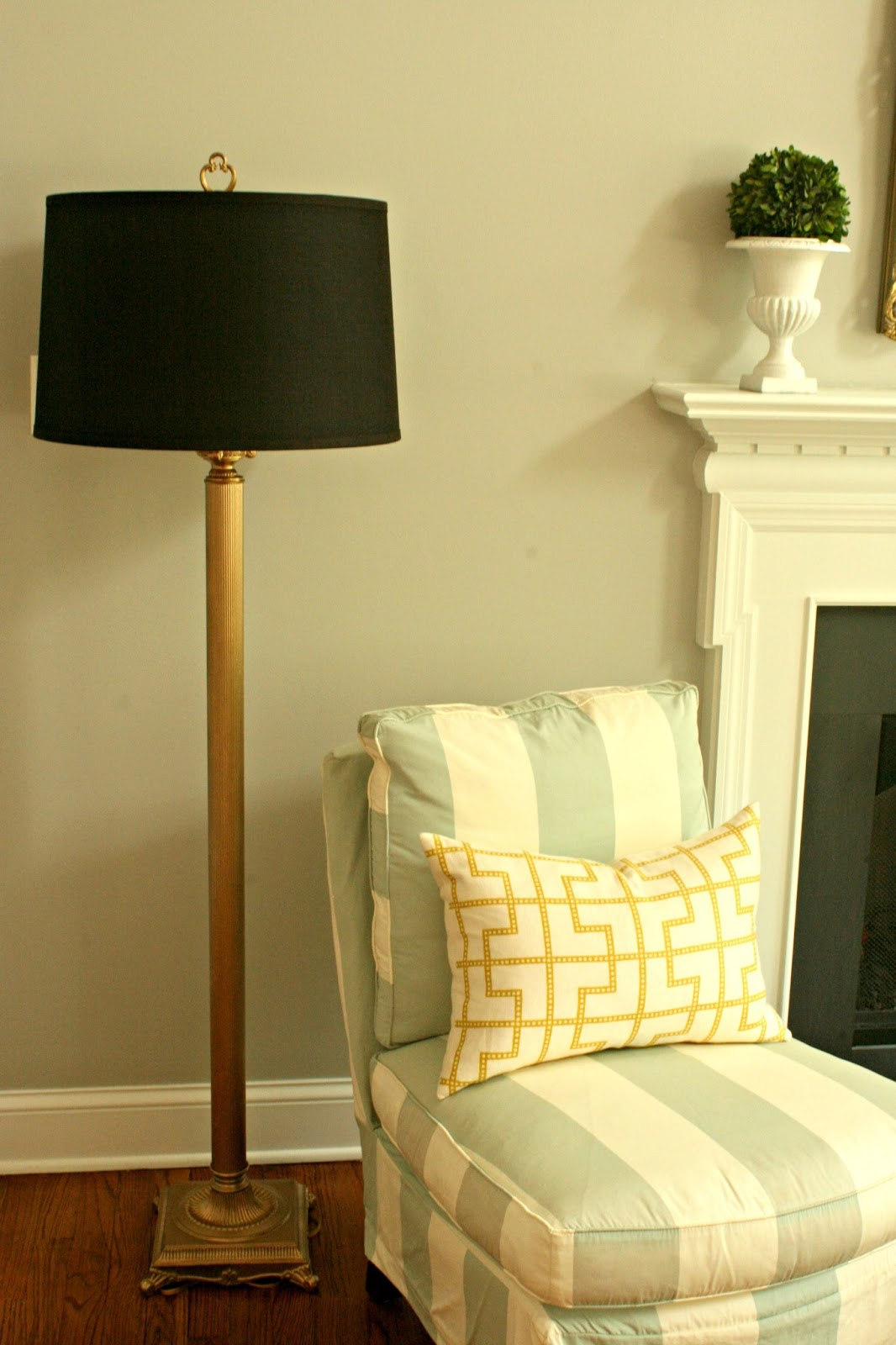 Stephanie Kraus Designs Blue And White Living Room A: Stephanie Kraus Designs: For The Love Of Floor Lamps