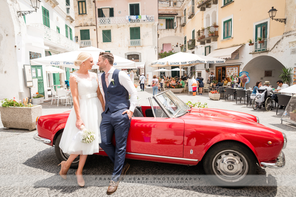 Wedding in Atrani with vintage car