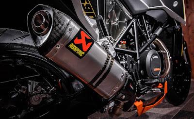 New KTM 690 exhasust image