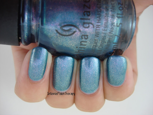 China Glaze - December to Remember