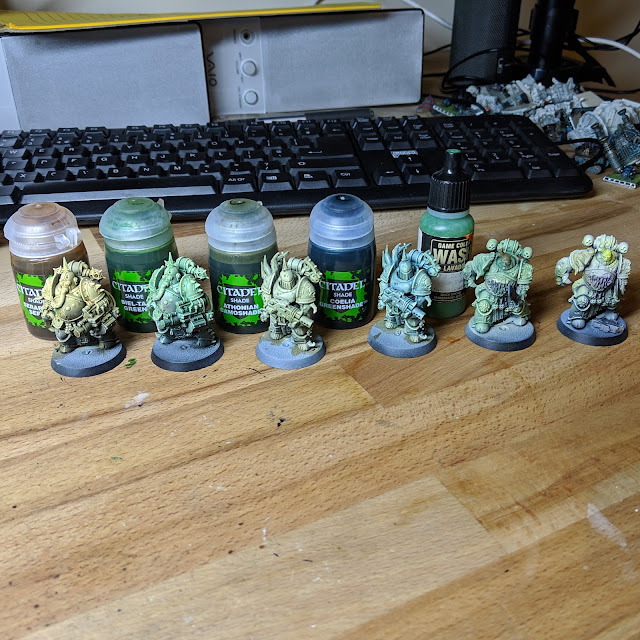 Models after zenithal basecoat, wash and drybrush