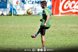 Oriente Petrolero - Ricky Añez se recupera de una molestia en el tobillo derecho - DaleOoo