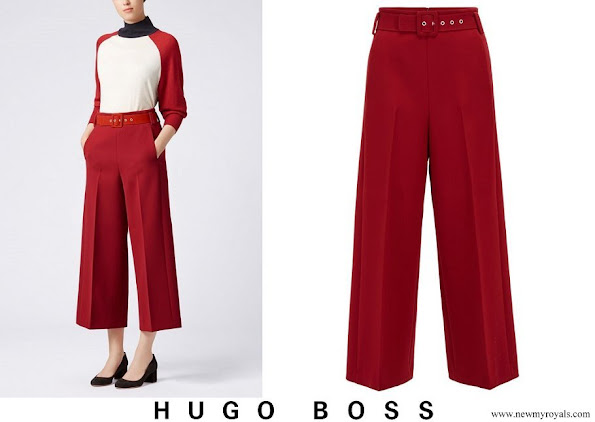 Queen Letizia wore Hugo Boss Trima cropped wide leg trousers