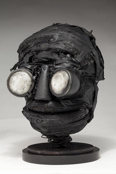 "Ronald Gonzalez - ""Whites"" - 2018 | imagenes obras de arte contemporaneo tristes, depresion, esculturas chidas, creative emotional sad art figurative pictures, cool stuff, deep feelings"